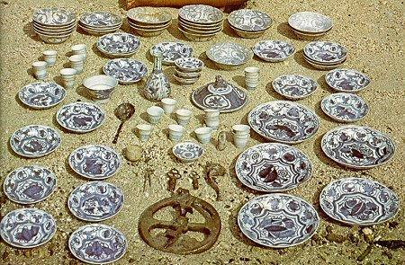 Chinese porcelains from the Banda