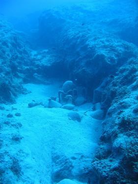 Mysteries surround amphoraes